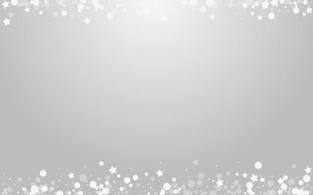 Szare gwiazdy wektor szarym tle. srebrna świąteczna tapeta z płatkami. elegancka karta płatka śniegu. subtelne zaproszenie na śnieg.
