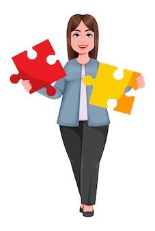 Szczęśliwa duża kobieta biznesu, kobieta plus size