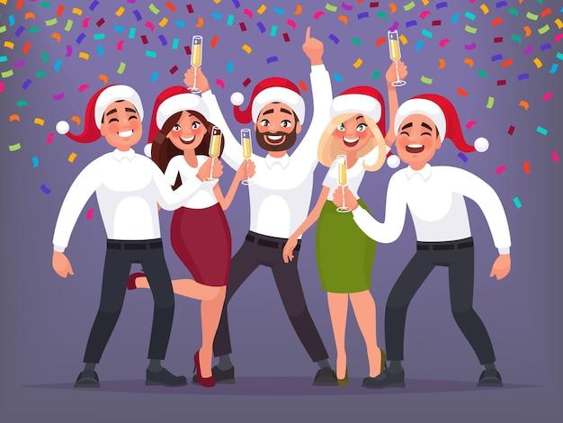 Szczęśliwa grupa ludzi biznesu na firmowej imprezie bożego narodzenia i nowego roku