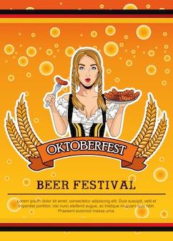 Szczęśliwa karta oktoberfest z piękną kobietą jedzenie kiełbasek