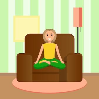 Szczęśliwa kobieta siedzi w pozycji lotosu, uprawiając sport w domu