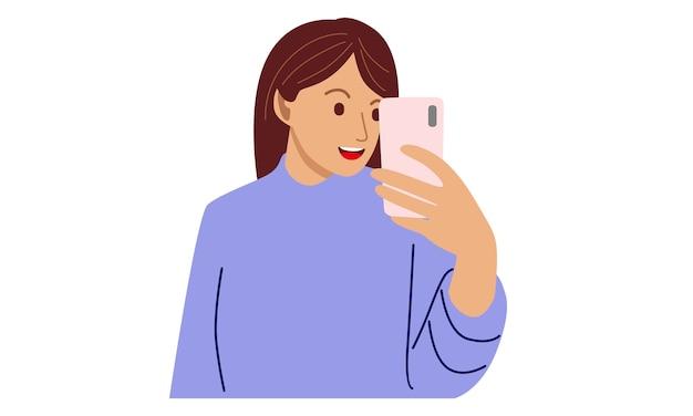 Szczęśliwa kobieta trzyma telefon