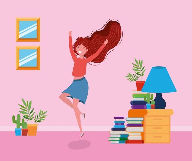 Szczęśliwa kobieta w pokoju do nauki