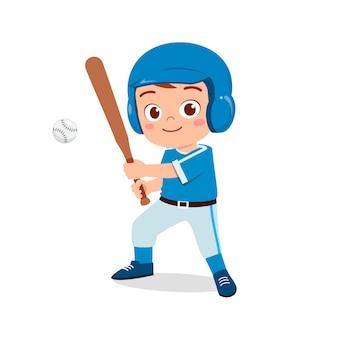 Szczęśliwa śliczna dzieciak chłopiec bawić się pociągu baseballa
