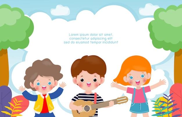 Szczęśliwe dzieci razem grają na gitarze i tańczą