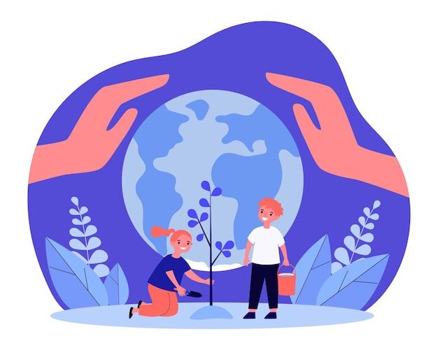 Szczęśliwe dzieci razem sadzenie drzew przed kulą ziemską. olbrzymie ręce chroniące ziemi płaski wektor ilustracja. ekologia, ponowne zalesianie, koncepcja środowiska dla banera, projektu strony internetowej lub strony docelowej