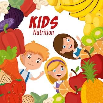 Szczęśliwe dzieci z pożywieniem