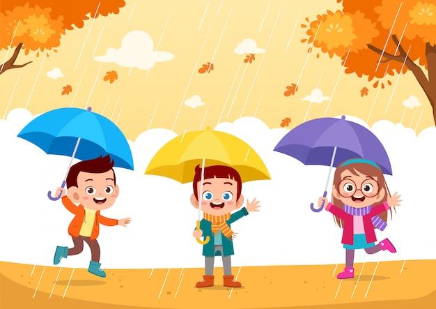 Szczęśliwe dzieciaki jesień