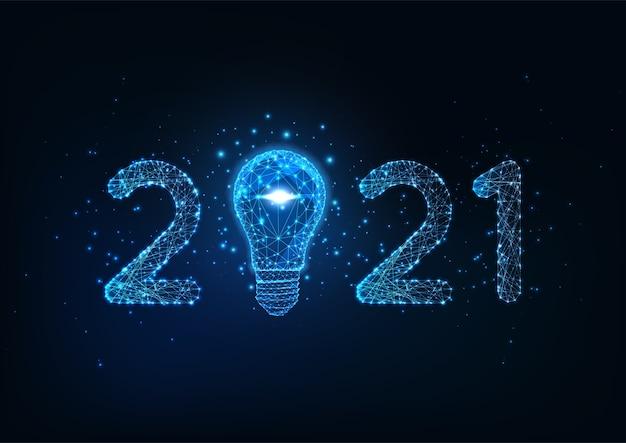 Szczęśliwego nowego roku cyfrowy baner internetowy szablon z futurystyczną świecącą niską wielokątną liczbą i żarówką na ciemnoniebieskim tle.