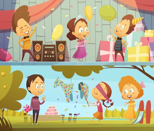 Szczęśliwi dzieciaki ma zabawę tanczy i bawić się przy przyjęcie urodzinowe sztandarów horyzontalną kreskówką odizolowywali vect