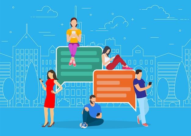 Szczęśliwi ludzie korzystają ze smartfona mobilnego