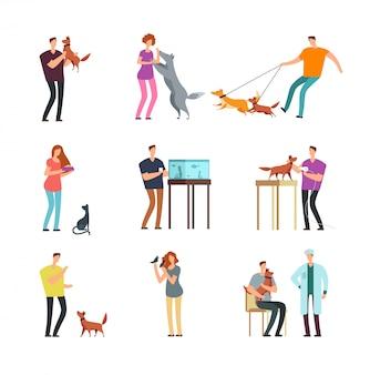 Szczęśliwi ludzie właściciel zwierząt domowych. mężczyzna, kobiety, rodzinny szkolenie i bawić się z zwierzę domowe wektorowymi postać z kreskówki odizolowywającymi