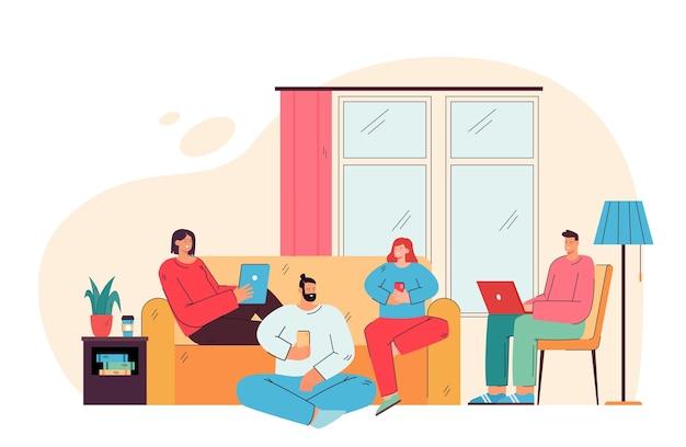 Szczęśliwi przyjaciele siedząc w salonie z płaską ilustracją urządzeń cyfrowych