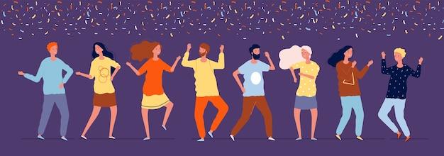 Szczęśliwi tancerze. nocni ludzie tańczący pod konfetti korporacyjnymi zdjęciami z wakacji