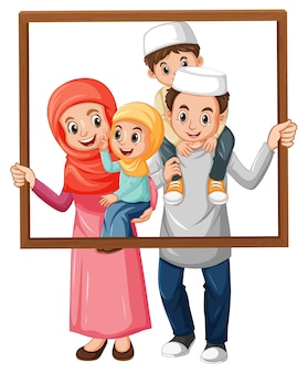Szczęśliwy członek rodziny trzymając ramkę na zdjęcia