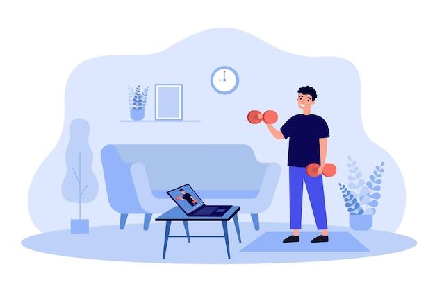Szczęśliwy człowiek oglądając webinarium sportowe online i robi ćwiczenia w domu