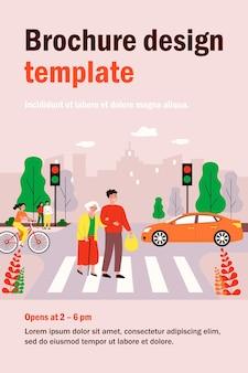 Szczęśliwy człowiek pomaga staruszce przechodząc przez ulicę miasta na białym tle płaskie ilustracja. postaci z kreskówek chodzenie na przejściu dla pieszych. koncepcja miejskiego stylu życia i ruchu