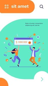 Szczęśliwy facet i dziewczyna wygrywający nagrodę pieniężną. zwycięzcy jackpota posiadający czek bankowy na milion dolarów
