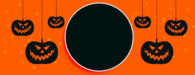 Szczęśliwy halloween pomarańczowy transparent z miejsca na tekst