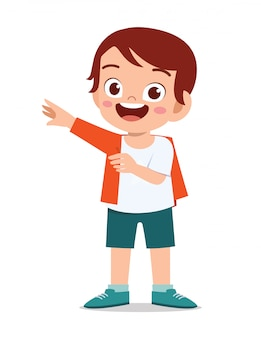 szczęśliwy ładny mały chłopiec dziecko nosić ubrania