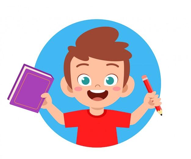 Szczęśliwy ładny mały chłopiec szkoły dziecko czytać książki