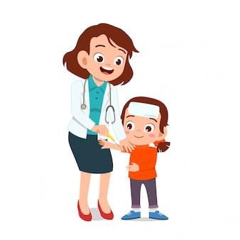 Szczęśliwy lekarz leczenie choroby dziecka