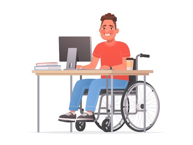 Szczęśliwy niepełnosprawny mężczyzna siedzi na wózku inwalidzkim przy biurku przy komputerze. osoba niepełnosprawna w pracy. ilustracja wektorowa w stylu cartoon