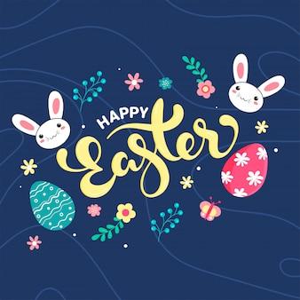 Szczęśliwy tło wielkanoc z kolorowymi jajkami, królik na niebieskim tle.
