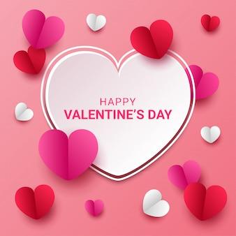 Szczęśliwy walentynkowy styl wycinany z papieru w kształcie serca w kolorze różowym