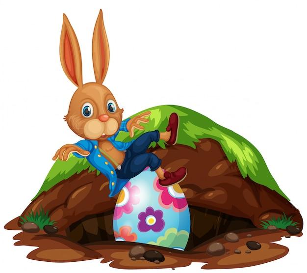 Szczęśliwy wielkanocny królik i jajka
