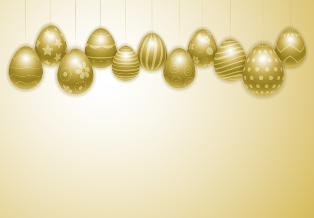 Szczęśliwy wielkanocny tło z realistycznymi dekorującymi złotymi jajkami.