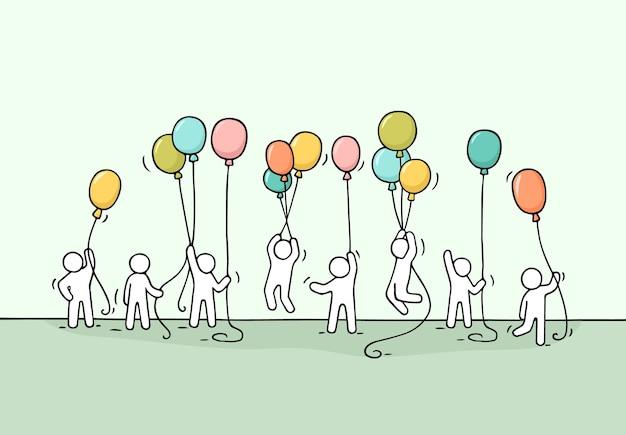 Szkic tłumu małych ludzi. doodle śliczna miniaturowa scena pracowników z balonami.