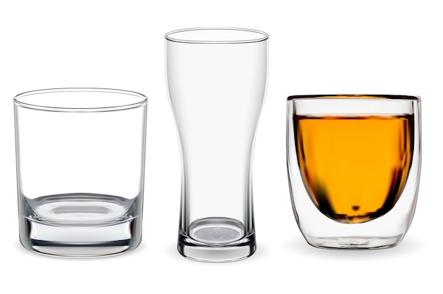 Szkło whisky na białym tle. ilustracja przezroczysty kubek alkoholu, napój bourbon. kufel do piwa, szkło restauracyjne. zestaw szklanek do szkockiej whisky, bar pijany bez lodowych kamieni