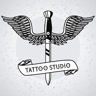 Sztylet ze skrzydłami latającymi z grafiką tatuażu