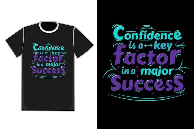 T-shirt title confidence jest kluczem w jednym z głównych kolorów success - niebieskim i fioletowym