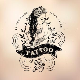 Tatuaż dziewczyna starej szkoły studio czaszki