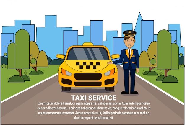 Taxi service concept kierowca stoi w żółtej kabinie