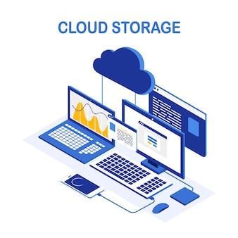 Technologia przechowywania w chmurze. backup danych. izometryczny laptop, komputer z telefonem. usługa hostingowa