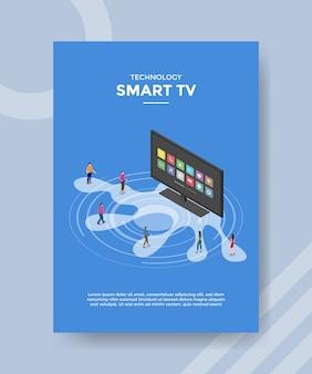 Technologia smart tv ludzie stojący przed telewizorem