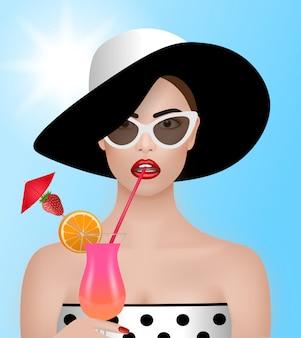 Tło lato. piękna kobieta z kapeluszem, słońc szkłami i koktajl ilustracją