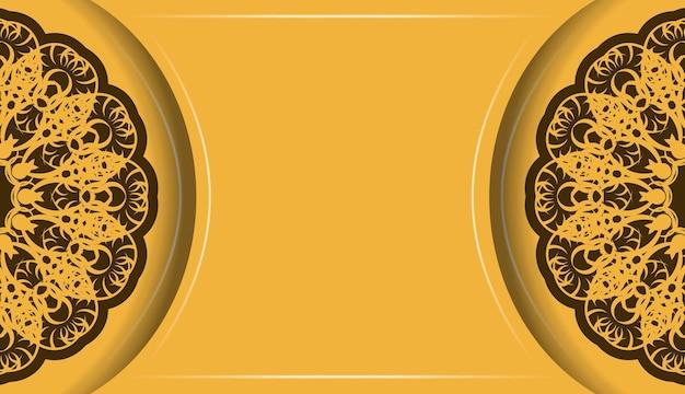 Tło w kolorze żółtym z brązowym ornamentem mandali do projektowania pod tekstem