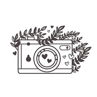 Tło z aparatem retro aparat fotograficzny z kwiatami i liśćmi zarys aparatu