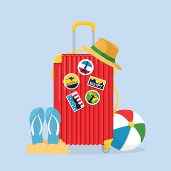 Torba podróżna, bagaż na białym tle. walizka z naklejkami, słomkowy kapelusz, piłka plażowa, sandały, buty. czas letni, wakacje, koncepcja turystyki