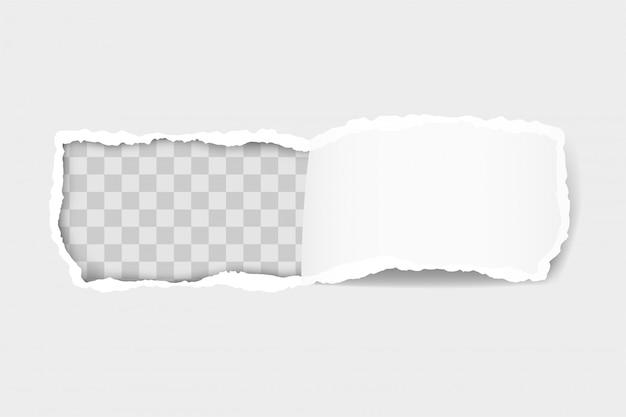 Torn księga krawędzi dla projektu z przezroczystym szablonem przestrzeni