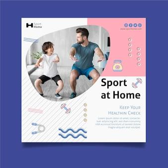 Trening w domu w szablonie ulotki rodzinny kwadrat
