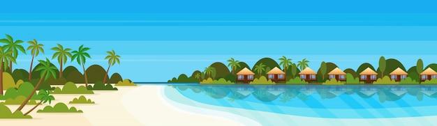 Tropikalna wyspa z willi hotel bungalow na plaży nadmorskie zielone palmy krajobraz lato wakacje płaski transparent