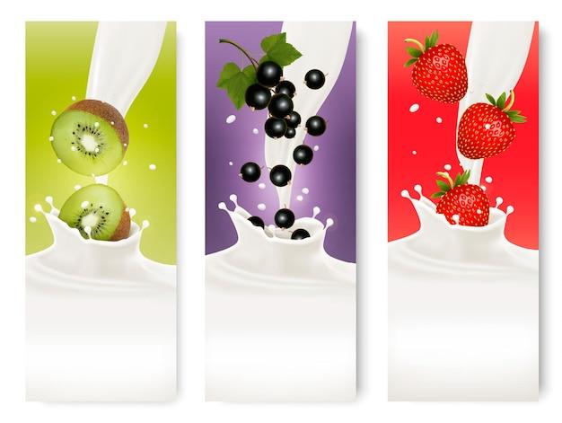 Trzy etykiety owoców i mleka. wektor.