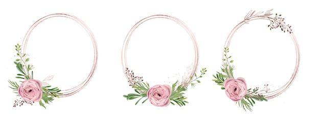 Trzy okrągłe ramki w kolorze różowego złota ozdobione akwarelowymi elementami kwiatowymi oraz złotymi roślinami i złotem