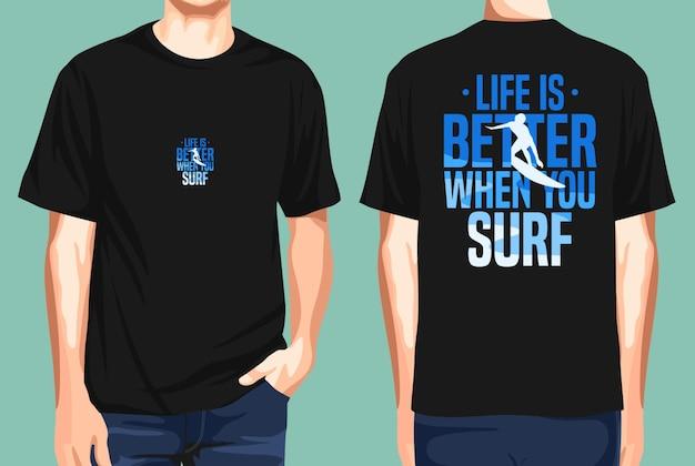 Tshirt z przodu i z tyłu na żywo jest lepszy, gdy surfujesz