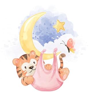 Tygrys w hamaku wisi na księżycu